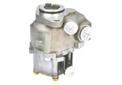 STEERING CLUTCH PUMP